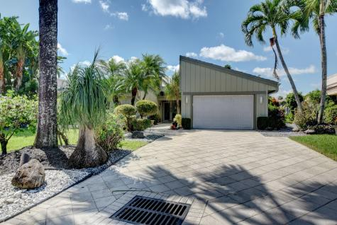20517 Woodbridge Drive Boca Raton FL 33434