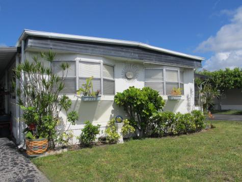56012 Amparo Bay Boynton Beach FL 33436