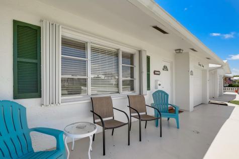 2090 Sw 13th Avenue Boynton Beach FL 33426