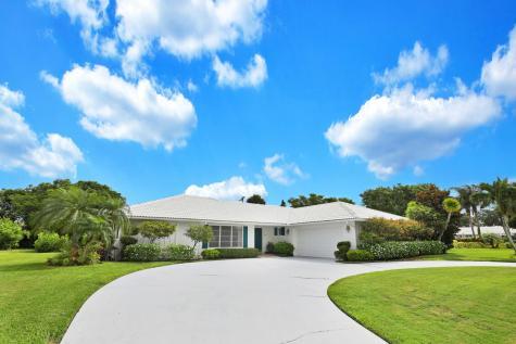 204 N Country Club Drive Atlantis FL 33462
