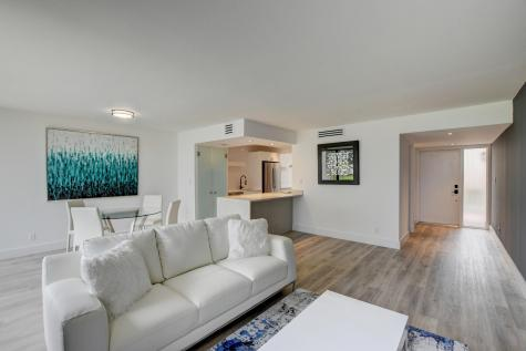 1107 Bridgewood Place Boca Raton FL 33434