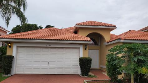 1336 Fairfax Circle Boynton Beach FL 33436