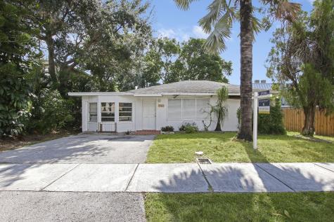 2821 Frederick Boulevard Delray Beach FL 33483