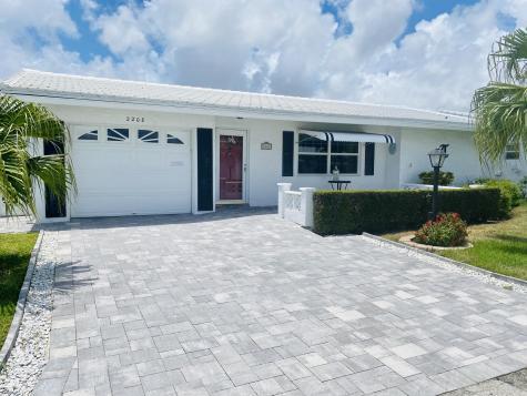 2208 Sw 20th Way Boynton Beach FL 33426