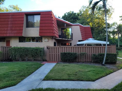 8261 Severn Drive Boca Raton FL 33433