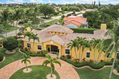 477 N Country Club Drive Atlantis FL 33462