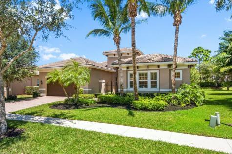 11999 Fox Hill Circle Boynton Beach FL 33473