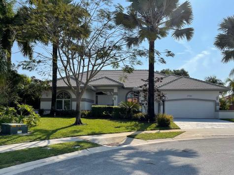17940 Hampshire Lane Boca Raton FL 33498