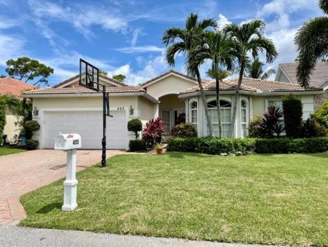 455 Pine Tree Court Atlantis FL 33462