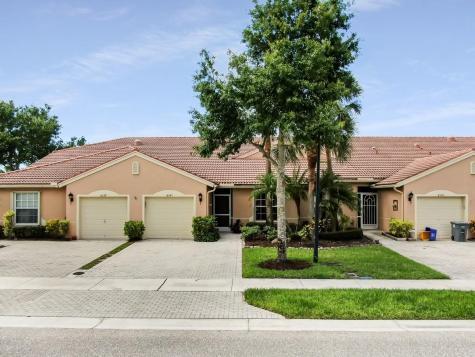 8541 Logia Circle Boynton Beach FL 33472