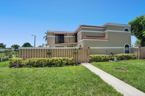 3650 Village Drive Delray Beach FL 33445