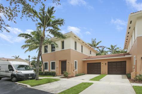 2516 Venetian Court Boynton Beach FL 33426