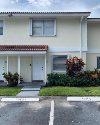6273 Walk Circle Boca Raton FL 33433
