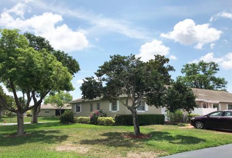 18806 Schooner Drive Boca Raton FL 33496