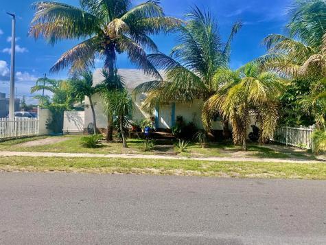 15 Se 15th Street Dania Beach FL 33004