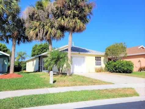 108 Sunset Boulevard Boynton Beach FL 33426