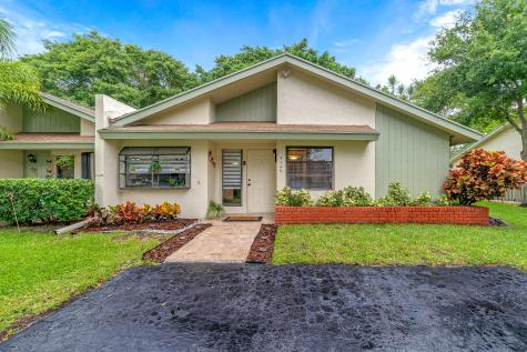 4149 Palm Forest Drive Delray Beach FL 33445