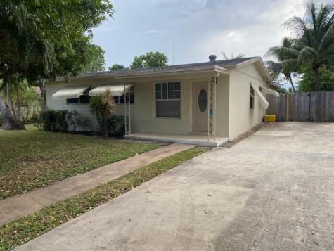 1611 Nw 1st Court Boynton Beach FL 33435