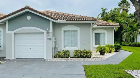 1233 Sw 48th Terrace Deerfield Beach FL 33442