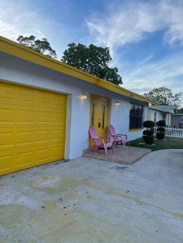 1995 Nw 1st Street Boynton Beach FL 33435