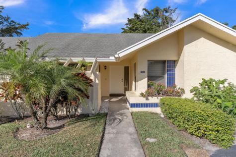 10921 Lake Front Place Boca Raton FL 33498