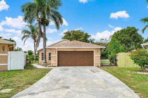 5701 Boynton Bay Circle Boynton Beach FL 33437
