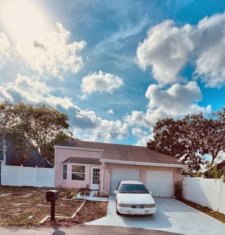 3 Paxford Lane Boynton Beach FL 33426