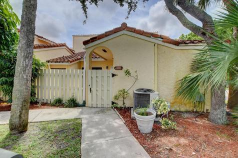 22346 Pineapple Walk Drive Boca Raton FL 33433