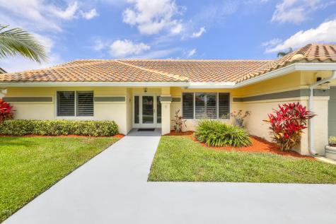 5999 Sunberry Circle Boynton Beach FL 33437