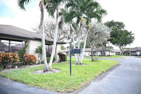 4971 Eaglewood B Road Boynton Beach FL 33436