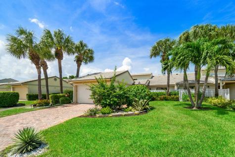 33 Eastgate Drive Boynton Beach FL 33436