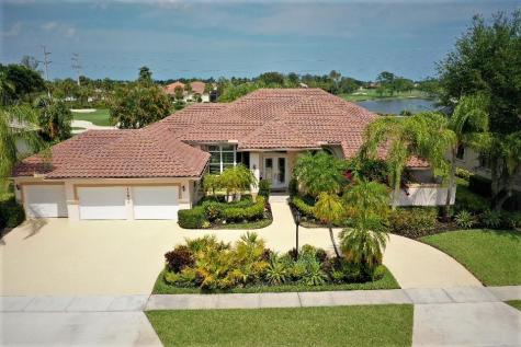 17610 Sealakes Drive Boca Raton FL 33498
