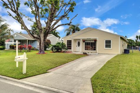 9048 Chrysanthemum Drive Boynton Beach FL 33472