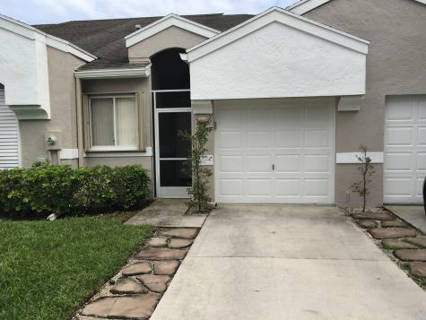 9238 Vineland Court Boca Raton FL 33496