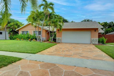 2616 Sw 4th Street Boynton Beach FL 33435