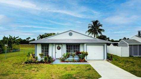 8292 Huntsman Place Boca Raton FL 33433