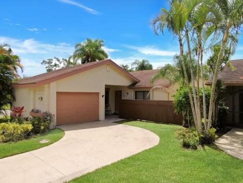 4310 Acacia Circle Coconut Creek FL 33066