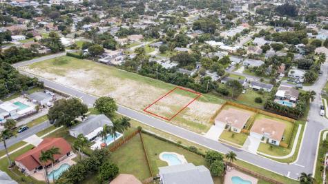 922 Nw 9th Avenue Boynton Beach FL 33426