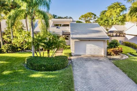 12 Villa Lane Boynton Beach FL 33436