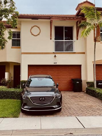 107 E Prive Circle Delray Beach FL 33445