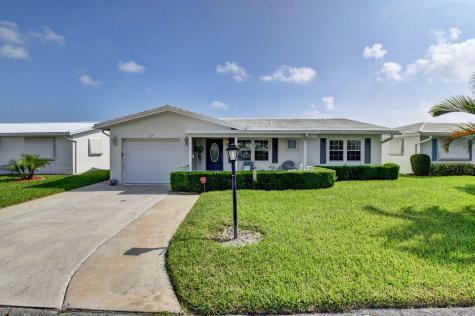 629 Sw 21st Circle Boynton Beach FL 33426