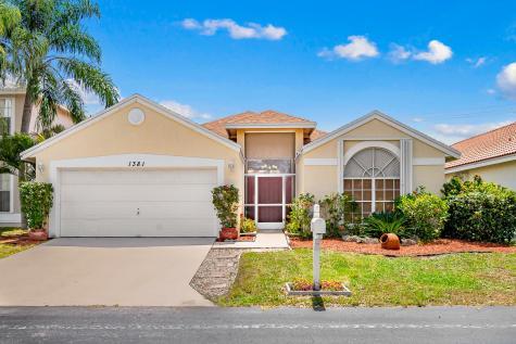 1381 Fairfax Circle Boynton Beach FL 33436