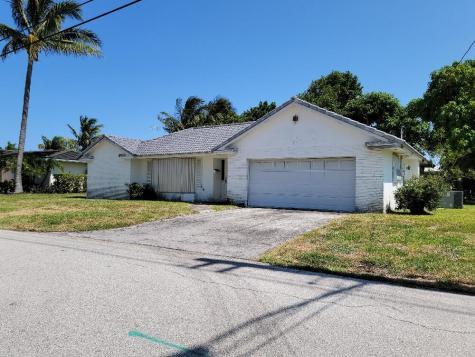 742 Appleby Street Boca Raton FL 33487