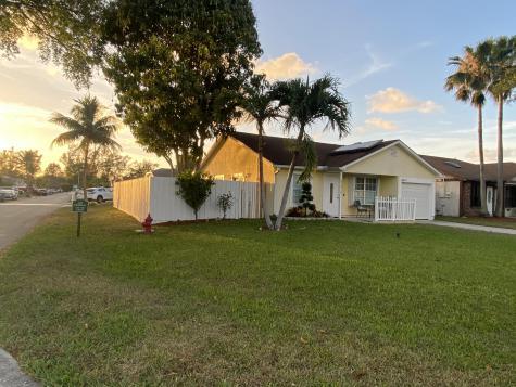 22987 Sandalfoot Boulevard Boca Raton FL 33428