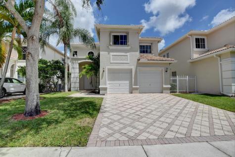 9729 Vineyard Court Boca Raton FL 33428