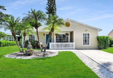 9109 Chrysanthemum Drive Boynton Beach FL 33437