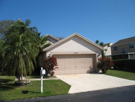 1042 Fairfax Circle Boynton Beach FL 33436