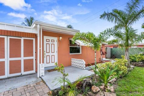 3008 E Palm Drive Boynton Beach FL 33435