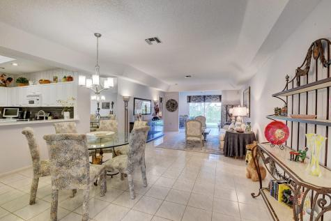 9881 Summerbrook Terrace Boynton Beach FL 33437
