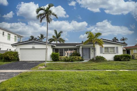 841 Appleby Street Boca Raton FL 33487